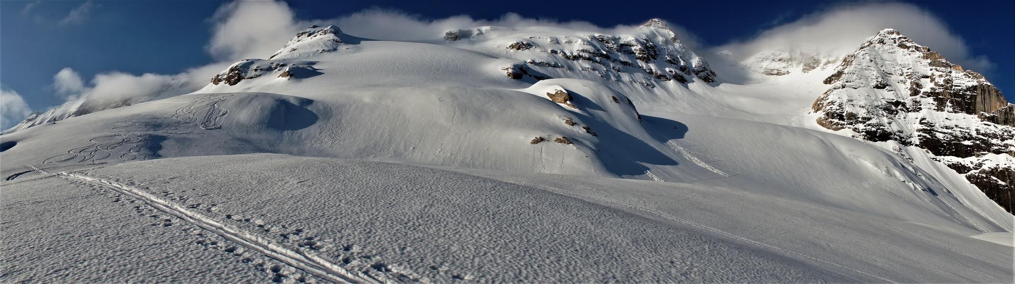 nad_chatou_nás_už_čaká_terén_prenádherný_s novým_snehom_spred_pár_dní